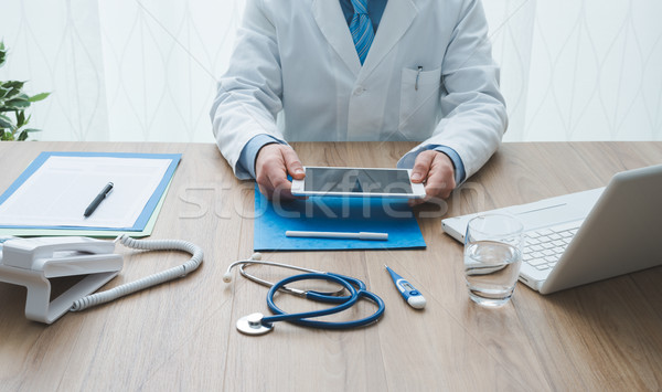Healthcare and technology Stock photo © stokkete