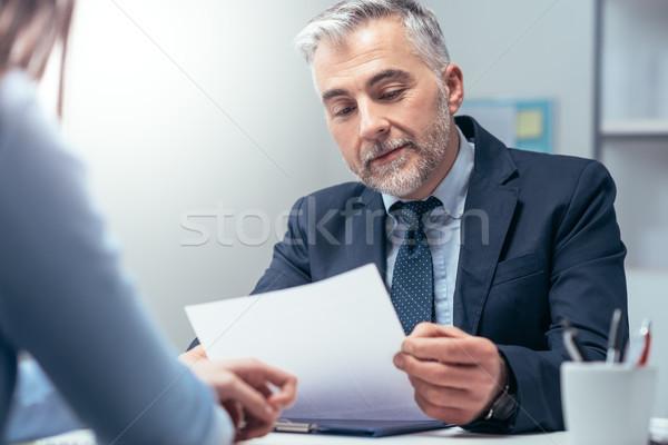 Entrevista de emprego mulher jovem corporativo gerente escritório Foto stock © stokkete