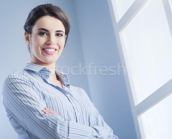Lächelnd jungen Business Geschäftsleute business woman Stock foto © stokkete