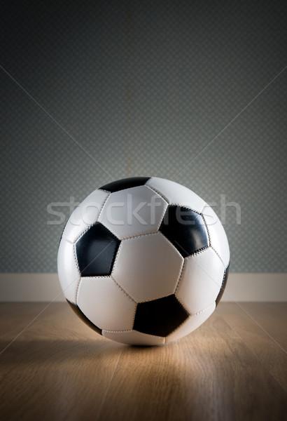 Futebol piso de madeira futebol bola exercer Foto stock © stokkete