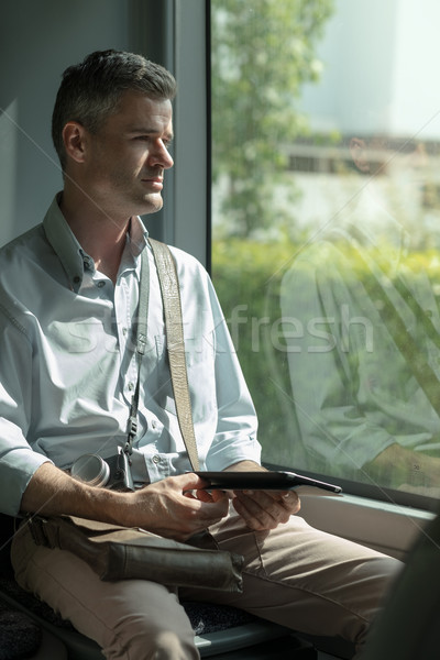 Stockfoto: Man · digitale · tablet · bus · werken