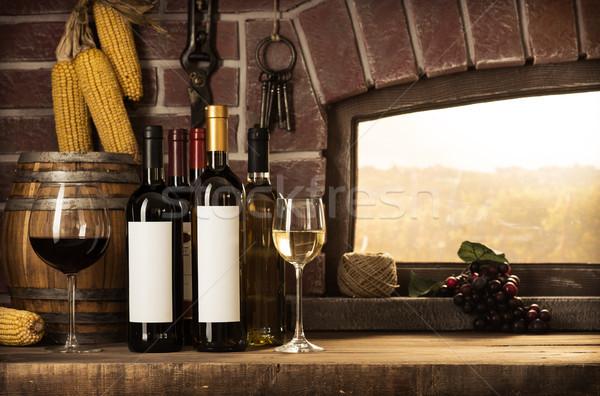 Pince ablak bor üvegek borospoharak gyönyörű Stock fotó © stokkete