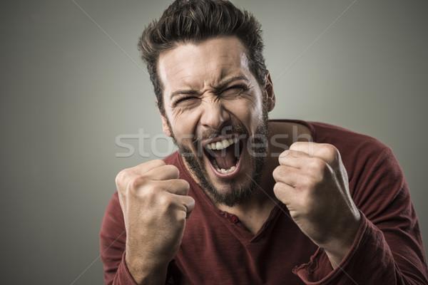 怒っ 男 外に 騒々しい 積極的な ストックフォト © stokkete