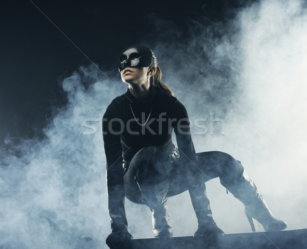 Kadın hırsız siyah maske kız karanlık Stok fotoğraf © stokkete