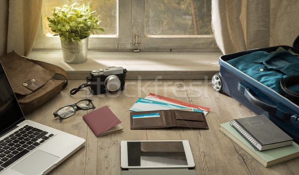 Traveler's desktop Stock photo © stokkete
