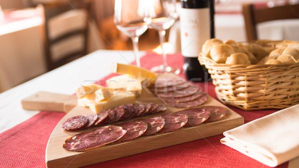 Italiaans salami kaas voorgerechten smakelijk restaurant Stockfoto © stokkete