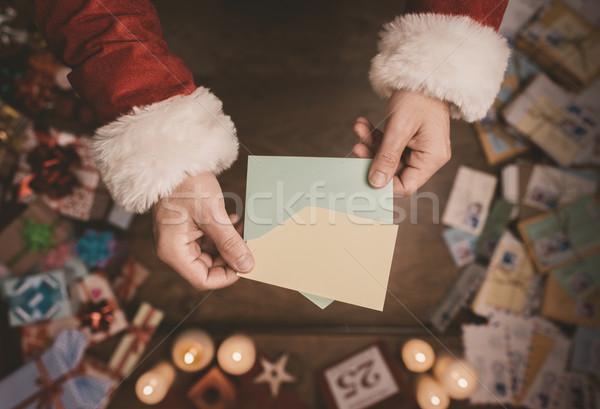 Foto stock: Papai · noel · abertura · natal · carta · envelope