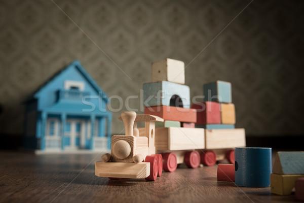 Brinquedo de madeira trem boneca casa piso Foto stock © stokkete