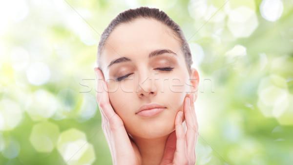 Bella donna toccare pelle liscia bella faccia Foto d'archivio © stokkete