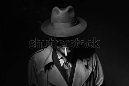 Człowiek palenia ciemne film charakter stałego Zdjęcia stock © stokkete