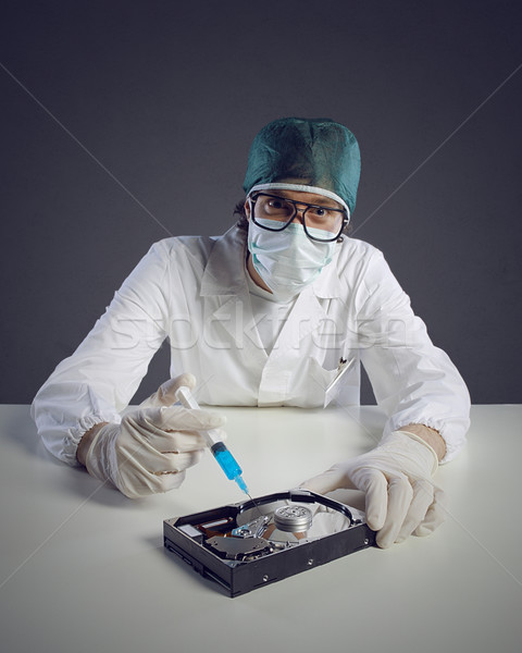 Virus informatique techniques médecin seringue homme Photo stock © stokkete
