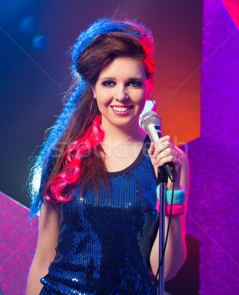 Zdjęcia stock: Młodych · pop · star · piękna · dziewczyna · śpiewu