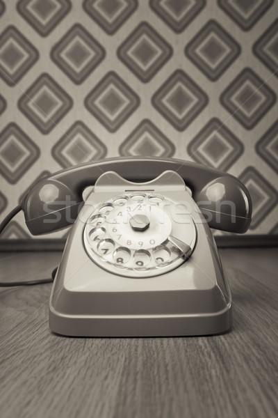 Klasszikus telefon gyémánt tapéta szürke keményfa padló Stock fotó © stokkete