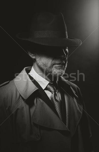 Film charakter człowiek stwarzające ciemne fedora Zdjęcia stock © stokkete