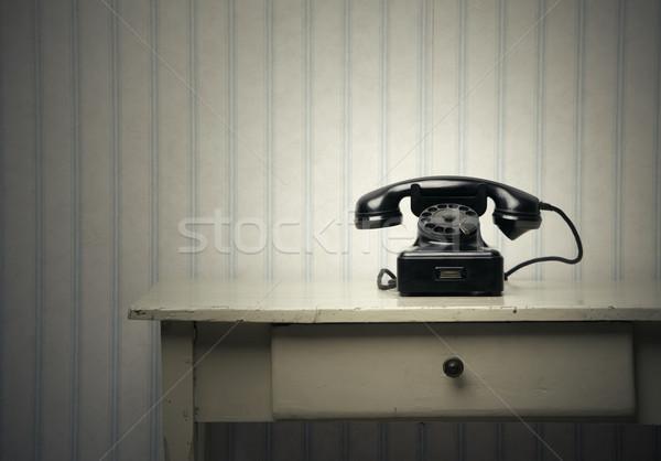 öreg fekete telefon fa asztal üzlet technológia Stock fotó © stokkete