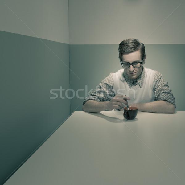 Kávészünet stréber fickó kicsi szoba szemüveg Stock fotó © stokkete