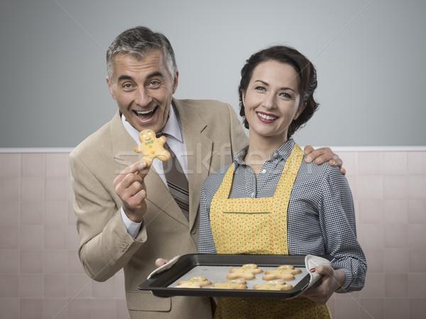 Foto d'archivio: Vecchio · donna · cookies · vintage
