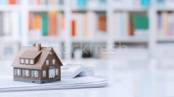 Achat modèle maison paperasserie trésorerie Photo stock © stokkete