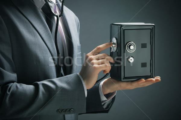 Financiar empresário estetoscópio mão homem Foto stock © stokkete