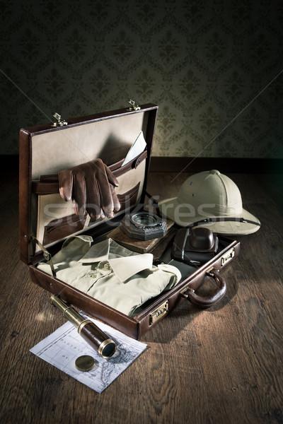 чемодан открытых кожа авантюрист Vintage оборудование Сток-фото © stokkete