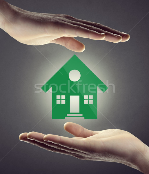Ev sigortası güvenlik eller sera ikon beyaz Stok fotoğraf © stokkete