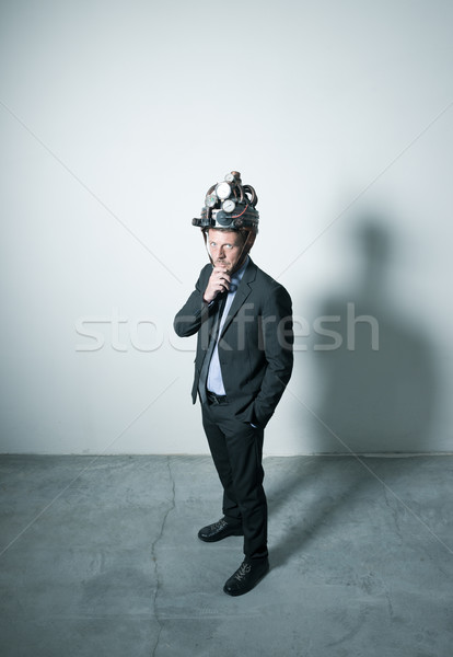 Creative affaires steampunk casque pense main Photo stock © stokkete