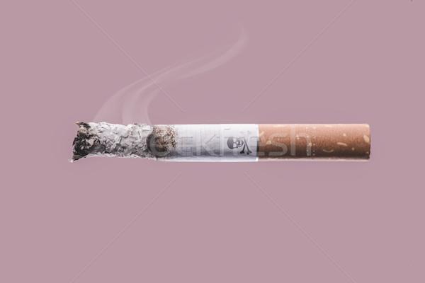 Foto stock: Cigarro · ardente · crânio · ossos · símbolo · fumar