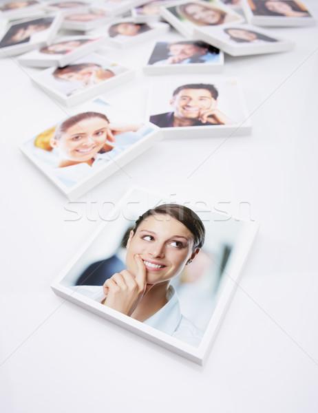 Photo stock: Souriant · personnes · portraits · groupe · de · gens · jeunes · femme · d'affaires