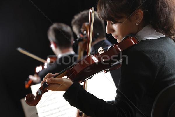скрипач женщину играет концерта классическая музыка человека Сток-фото © stokkete