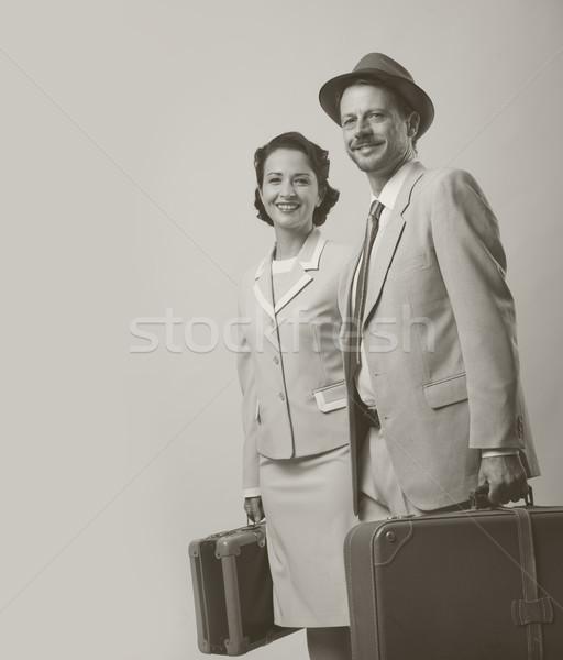 Elegáns pár csomagok nyaralások 1950-es évek stílus Stock fotó © stokkete