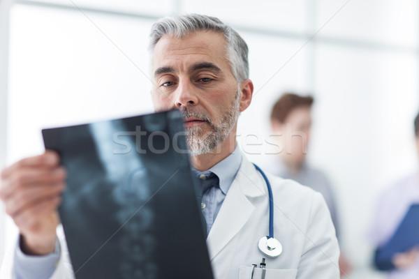 Radyolog xray tıbbi personel sağlık Stok fotoğraf © stokkete