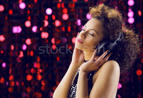Müzik genç güzel bir kadın kız güzellik Stok fotoğraf © stokkete