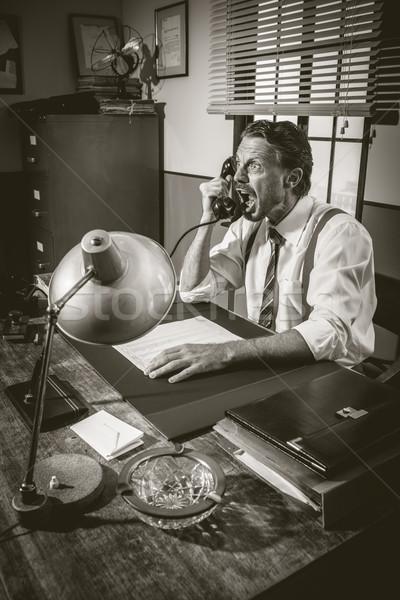 Сток-фото: сердиться · бизнесмен · телефон · из · громко