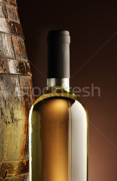 Witte wijn fles hout vat atmosfeer kelder Stockfoto © stokkete