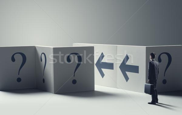 Incerteza negócio jovem confuso empresário em pé Foto stock © stokkete