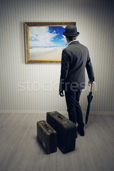Vakantie zakenman koffer dromen zee Stockfoto © stokkete