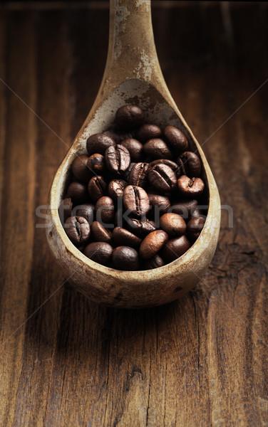 Cuchara de madera granos de café marrón Foto stock © stokkete