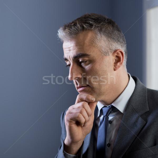 Pensando negocios estrategias pensativo empresario mano Foto stock © stokkete
