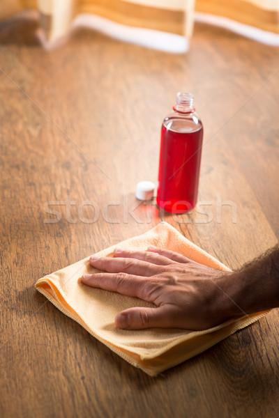 Keményfa padló takarítás férfi kéz jelentkezik fa Stock fotó © stokkete