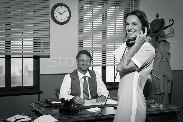 Jovem vintage secretário telefone 1950 Foto stock © stokkete