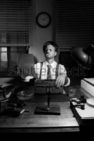 ストックフォト: レトロな · 記者 · 作業 · 遅い · 喫煙 · 入力