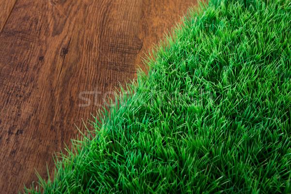 Mesterséges tőzeg közelkép buja fű fából készült Stock fotó © stokkete
