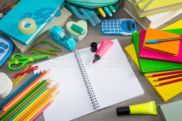 Notebook színes irodaszer diák felszerlés vissza az iskolába Stock fotó © stokkete