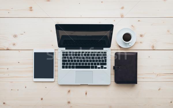 Minimalny biuro laptop tabletka organizator Zdjęcia stock © stokkete