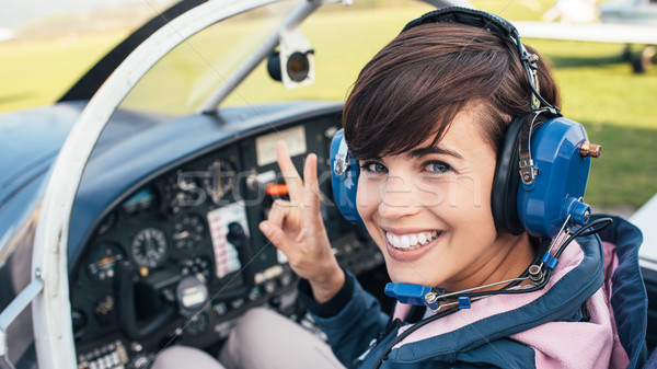 экспериментального самолета кокпит улыбаясь женщины свет Сток-фото © stokkete