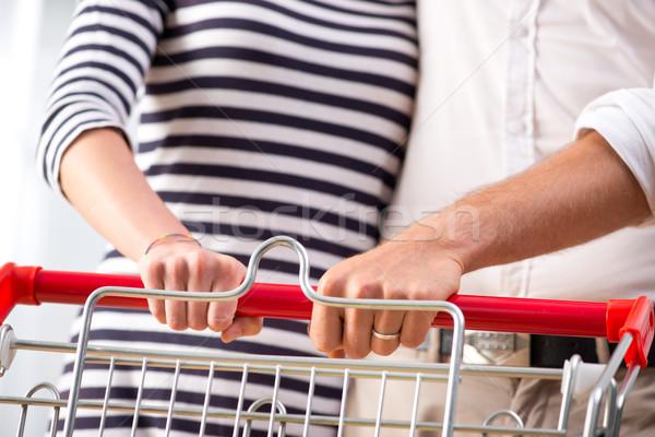 Stok fotoğraf: çift · süpermarket · eller · alışveriş · sevmek