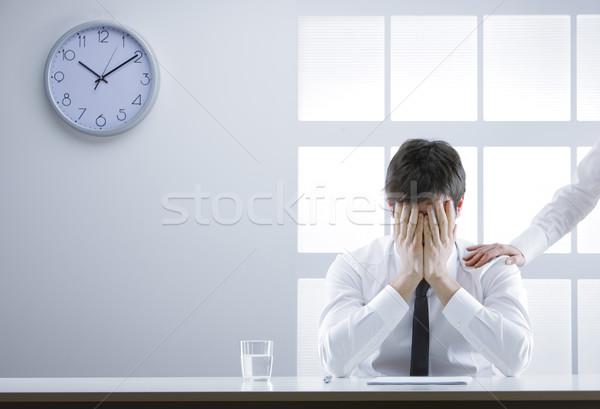 Crisi uomo d'affari frustrato vergogna mani faccia Foto d'archivio © stokkete