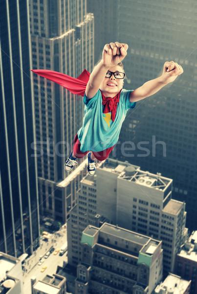 Mały superhero gotowy zapisać świat miasta Zdjęcia stock © stokkete