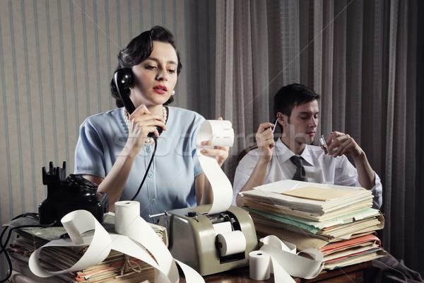 Könyvelő titkárnő retro nő klasszikus iroda Stock fotó © stokkete