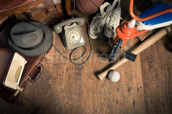 Bolhapiac csoport klasszikus keményfa padló antik gyűjtemény Stock fotó © stokkete